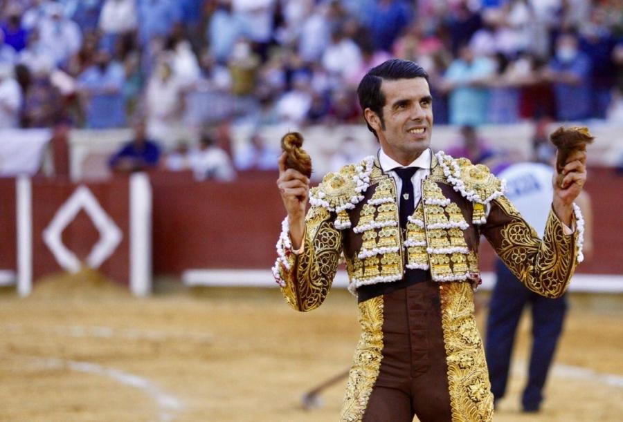 Emilio de Justo y Roca Rey ponen el broche perfecto a la feria