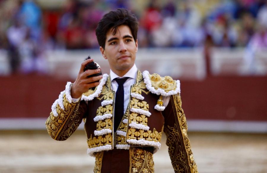 El Fandi, Garrido y Álvaro Lorenzo, triple puerta grande