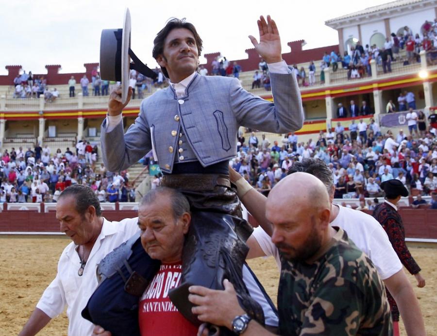 Diego Ventura triunfa a lo grande en el cierre de San Juli�n