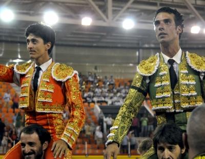 El Capea y Morenito de Aranda, a hombros en Illescas